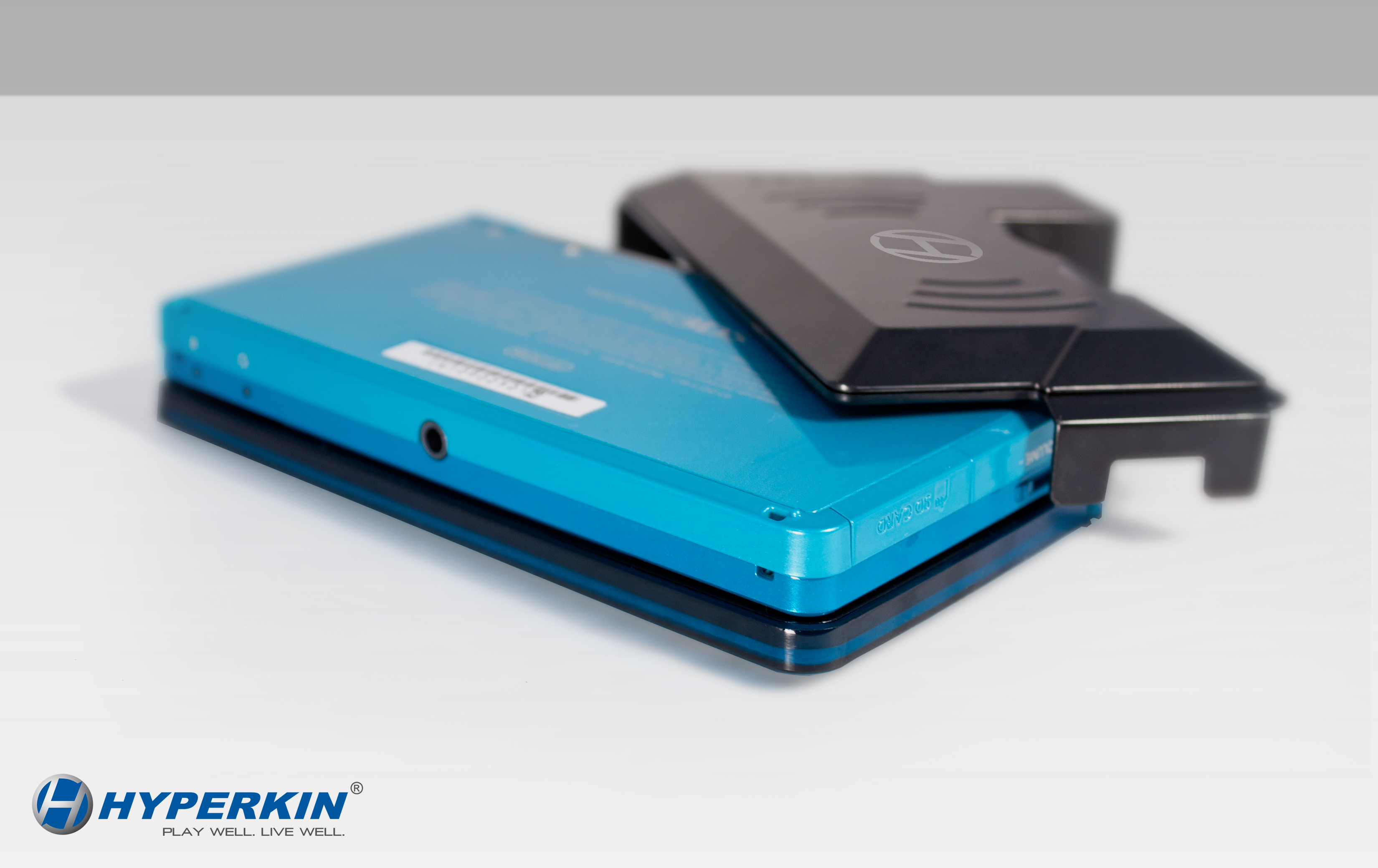 Hyperkin brings 1800mAH of love to the 3DS