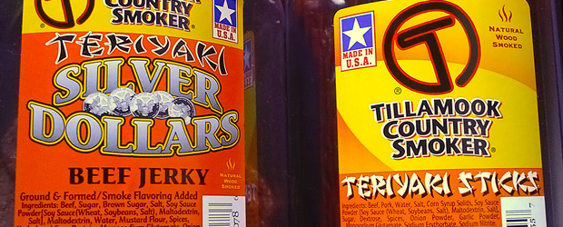 Review – Tillamook Country Smoker Beef Sticks and Silver Dollar Slices