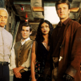 A legendary reunion of Firefly comes together at Comic-Con 2012, be there early or you just wont get in.