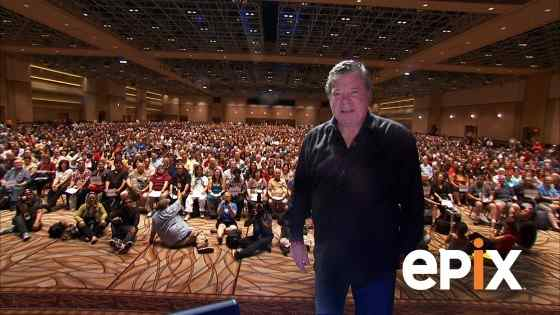 William Shatner & Roger Corman Two Legends On One Stage At Comic-Con!